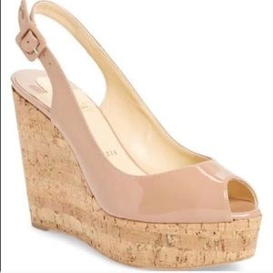 Christian louboutin une plume wedge
